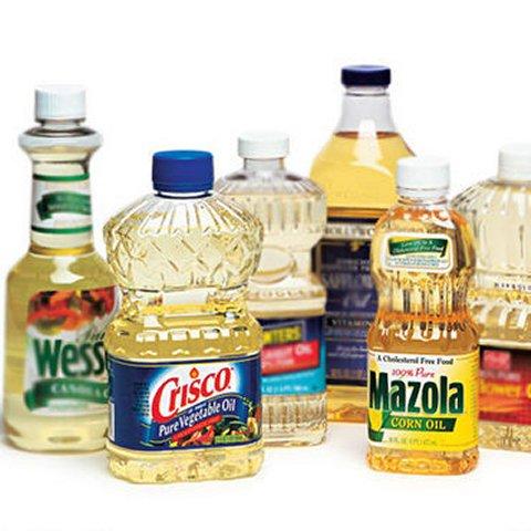 """Poderiam os chamados """"saudáveis"""" óleos vegetais estarem nos tornando gordos e doentes?"""